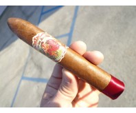 Flor De Las Antillas - Toro (Single Stick) (Number 1 Cigar of the Year for 2012 Rated by Cigar Aficionado Magazine)
